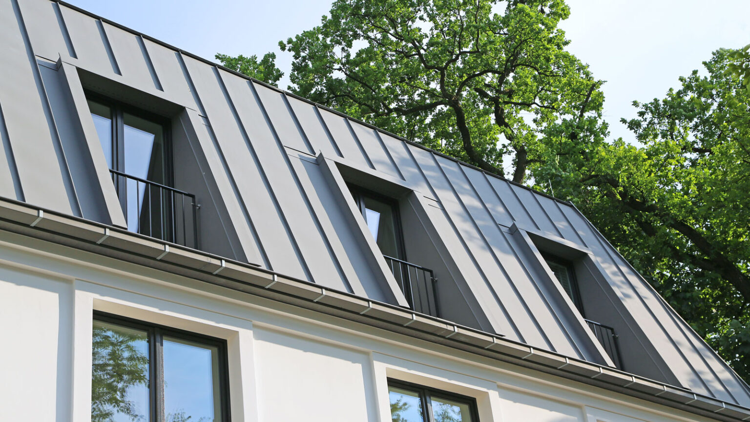 Metalldächer steigern den Wert eines Hauses.